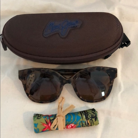 dc2dfeae8195 Maui Jim Accessories | Honey Girl Sunglasses | Poshmark